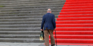 advantages and disadvantages of using a cane